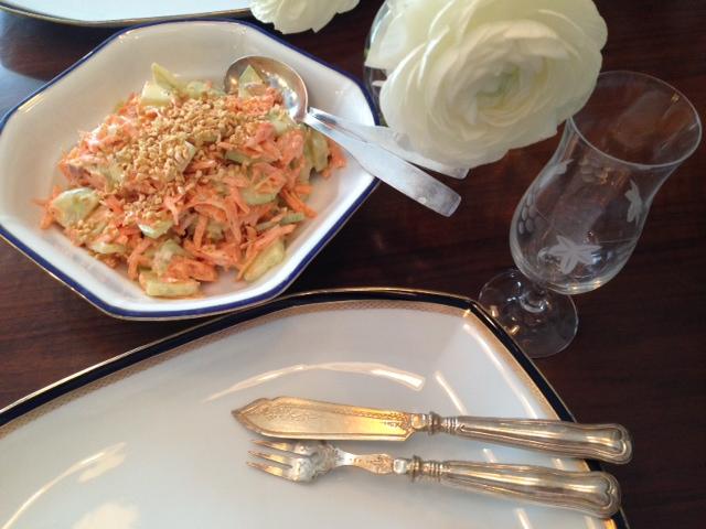 Forelle mit Karotte-Gurken-Salat