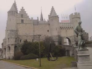 Eine der Attraktionen von Antwerpen: Burg Het Steen