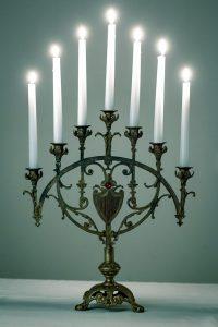 Antiker Kerzenständer aus Frankreich