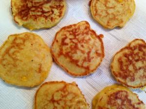 Mini-Mais-Pancakes - fertig zum Dekorieren