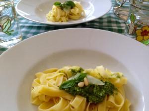 Fertige Pasta mit Pesto
