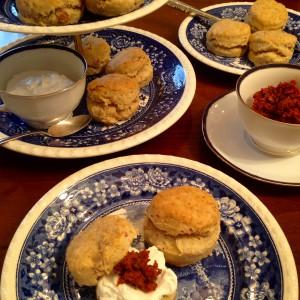 Tea Time! Statt der traditionellen Varianten gibt es salzige Scones
