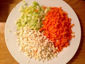 Frisches Gemüse als Beigabe zu den Linsen