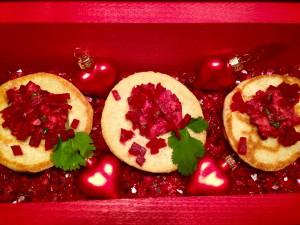 Valentins Schatztruhe gefüllt mit köstlichen Blinis
