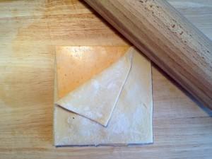 Käse für die Blätterteigstangen