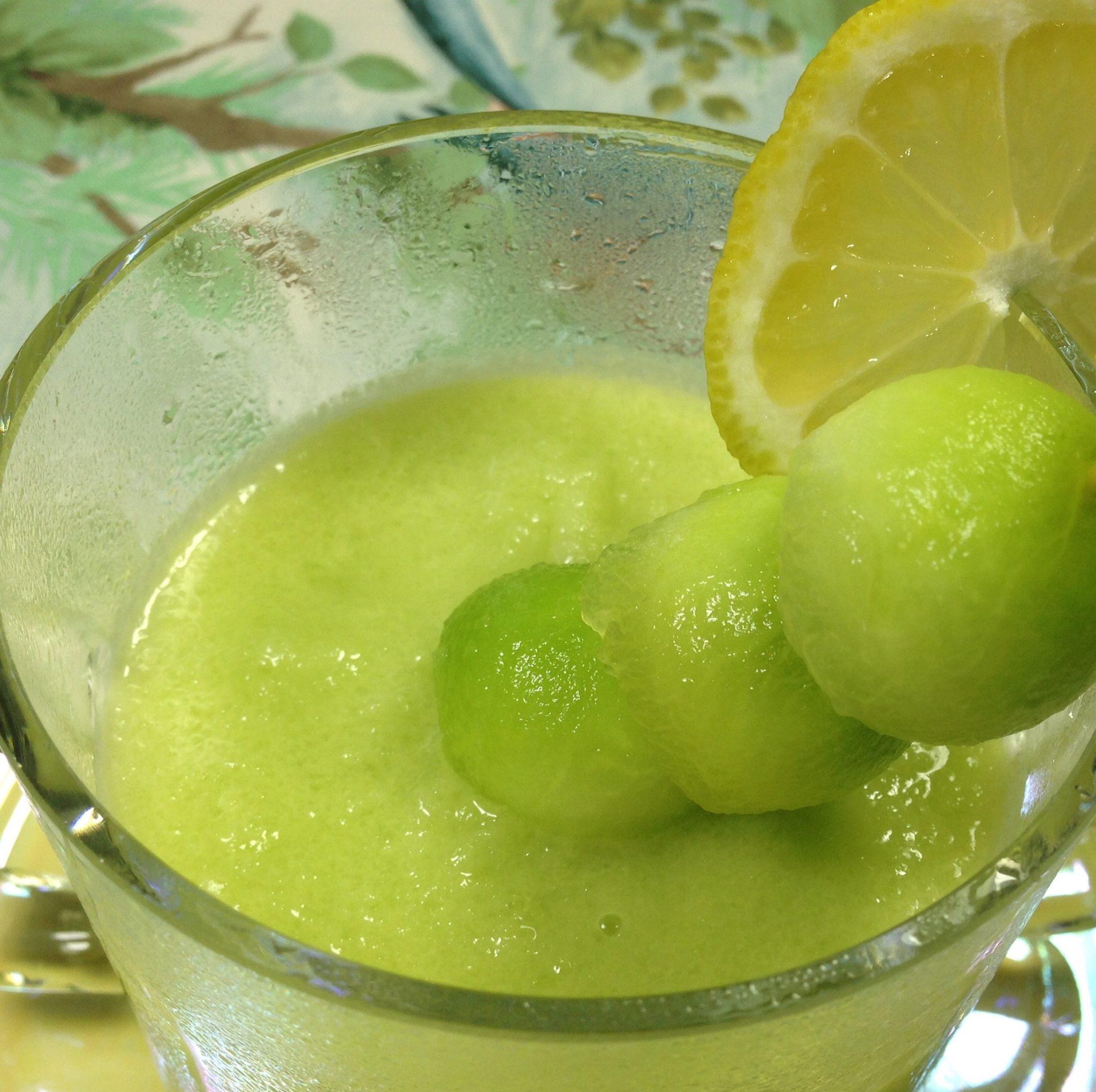 Süppchen mit Gurke-Melone