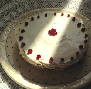 Pfannkuchen-Torte mit Dekoration