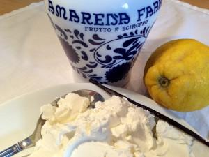 Zutaten: Amarena-Kirschen, Mascarpone, Zitrone und Vanille