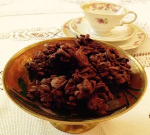 Schokocrossies mit Cornflakes, gerösteten Mandeln und Puffreis