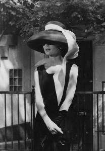 Audrey Hepburn und das kleine Schwarze