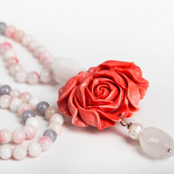Perlenkette in Rosa und Grau