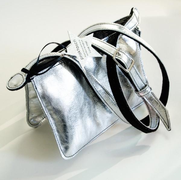 Umhängetasche in elegantem Silber
