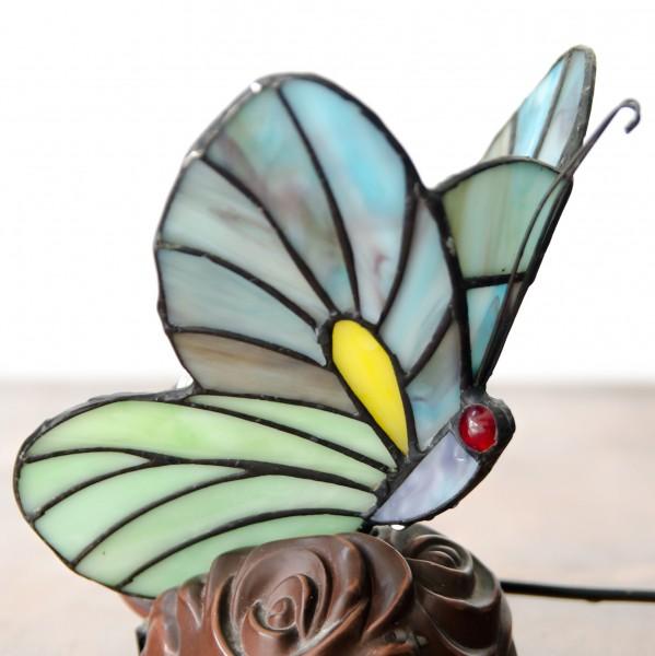 Zarter Schmetterling im Tiffany-Stil