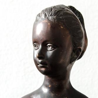 Filigrane Bronzebüste
